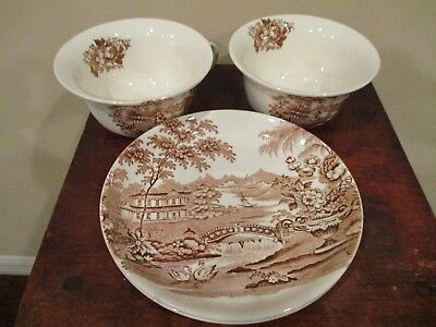 Alfred Meakin, Staffodshire England, Tonquin Plates and Oversized Cups