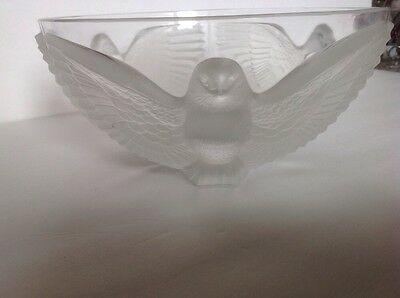 """PALOMA SATIN FROST BY CRISTAL D'Arques Durand 10"""" BOWL WITH FROSTED BIRDS"""