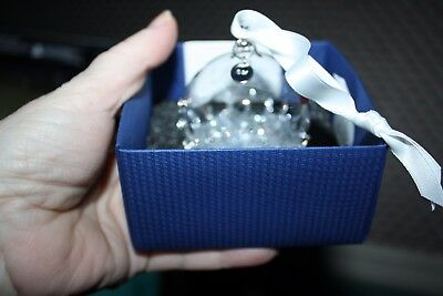 Swarovski ball ornament NIB with pamphlet Christmas ornament   model   # 5135841