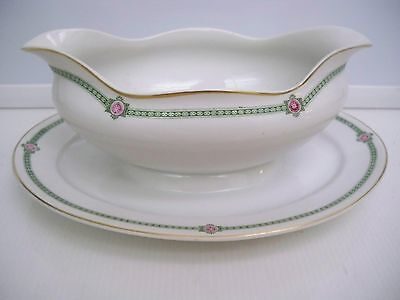Nippon Gravy Boat With Attached Underplate ''brisbane'' Handpainted