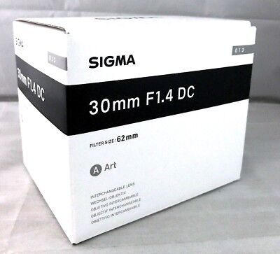 New SIGMA 30mm f/1.4 DC HSM Art Lens for CANON EF-S