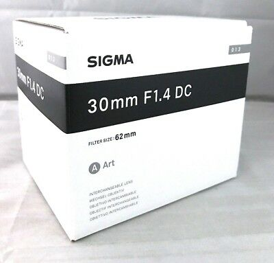 New SIGMA 30mm f/1.4 DC HSM Art Lens for PENTAX K Made in Japan