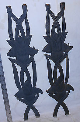 PAIR (2) VINTAGE USED CAST IRON FENCE PANELS LILLIES BLACK/RUST 7 x 25.75 INCHES