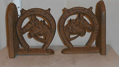 Pair Cast Iron Double Horse Heads In Horseshoe Book Ends -- Rust Finish