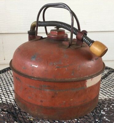 Vintage Eagle Gas Can Eagle Mfg U.s.a. Rare Collectible Gas Can Oil Fuel America