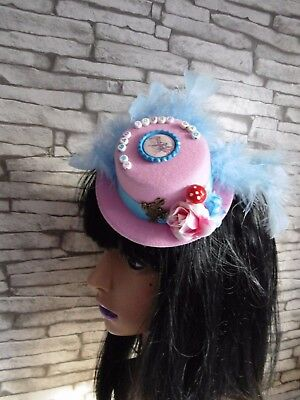 Stunning Alice In Wonderland Themed Mini Top Hat Im Mad Youre Mad Pink (BoxG9)