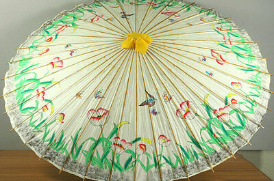 Large Oriental Vintage Umbrella Parasol, 45 inch Hand Painted Mid-Century Asian