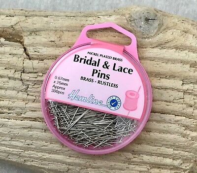 Hemline Bridal & Lace Pins - 25mm Pins - Approx 300 per Pack - Dressmakers Pins
