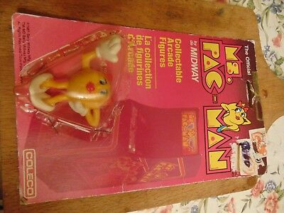 1982 Coleco Midway Official Collectible Arcade Figures Pac-Man, & Ms. Pac-Man