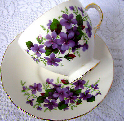 Queen Anne Purple Violet Teacup and Saucer, English Bone China Pattern 8423