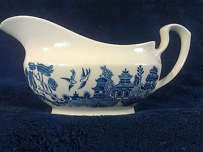Churchill Blue Willow GRAVY BOAT Made in England Blue & White