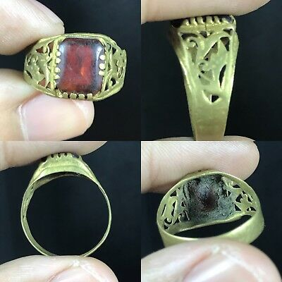 Lovely Ancient Red Roman Glass Bronze Ring