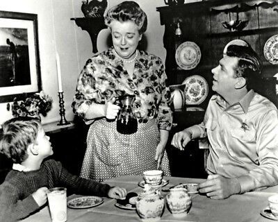 Ron Howard, Frances Bavier and Andy Griffith UNSIGNED photo - K9484