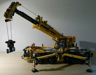 lego technik mobiler kran 8053 mobile crane mk8053. Black Bedroom Furniture Sets. Home Design Ideas