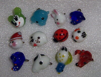 The glass animal that 12 handicrafts make into button