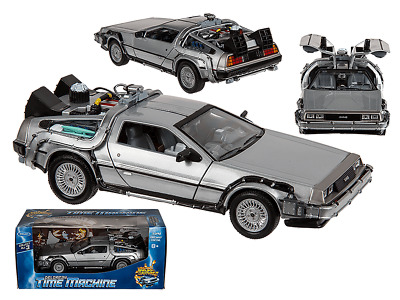 Modell Zurück in die Zukunft BACK TO THE FUTURE 1/24 DeLorean 22441W  Welly 18cm