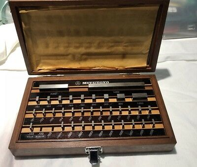 "Nice Mitutoyo Gage Block Set .100 - 4"" Grade 3  No. 516 915"