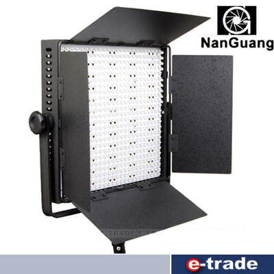 NANGUANG CN-600DCHS / with DMX /LED LED LAMP 600 LEDs / 0-100% / 3200K->5600K