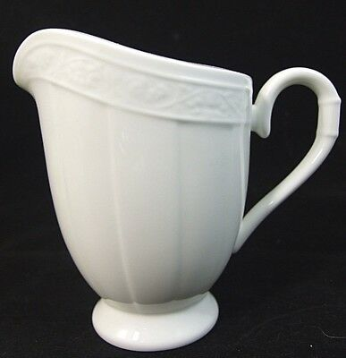 V&B Villeroy & Boch CAMEO WEISS Creamer CREAM PITCHER Mint!
