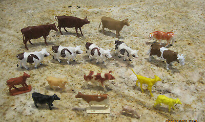 Lot Of  Cow Figurines Hong Kong Britain's Ltd 1970 Plastic Rubber