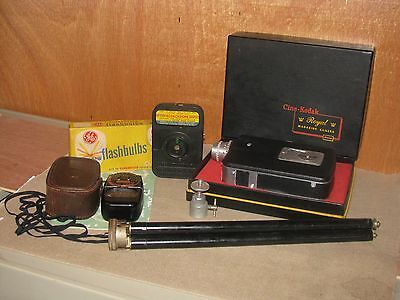 CINE-KODAK Royal MAGAZINE  Vintage Movie Camera 16mm with Original BOX  + Extras