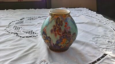 Rare Art Deco 1930`s Crown Devon Mattajade Fairy Castles Pattern Vase