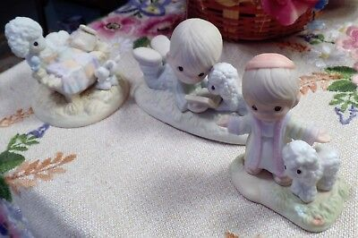 Lot Of 3 Precious Moments Figurines Christmas Holiday Winter Theme