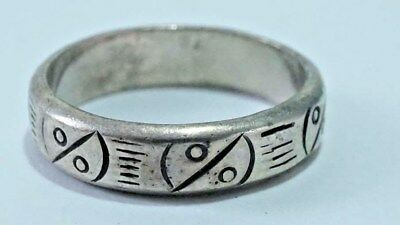 F237 Vintage Sterling Hand Etched Open Circle & Lines Design Band Size: 6.5