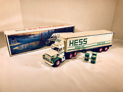 1987 Hess 18 Wheeler Toy Truck Bank with Barrels