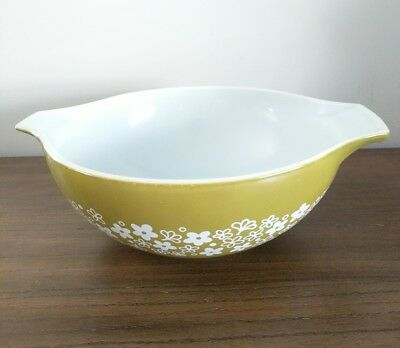 PYREX Vintage Large Mixing Bowl, Green