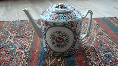 Early 19th century porcelain chinese export tea pot-antique