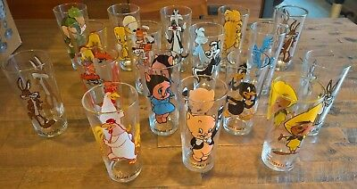 Lot of 17 1970's Looney Tunes Pepsi Collector Series Glasses