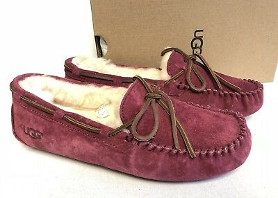 UGG Australia DAKOTA Garnet SHEEPSKIN Shearling MOCCASIN SLIPPERS 5612 Women's