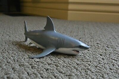 Papo Great White Shark figure