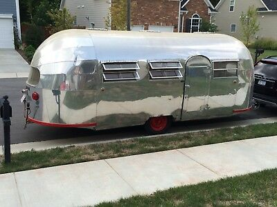 1947 AIRSTREAM LINER (Year on Title; Serial # Suggests Possibly 1948)