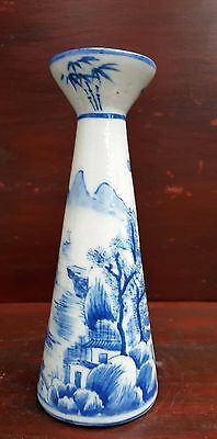 Chinese antique Kangxi blue and white small vase signed