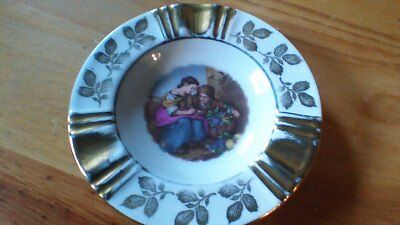 Limoges French vintage ashtray in Porcelain Handpainted