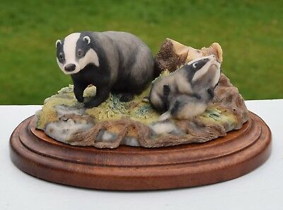 BADGER and CUBS with box BORDER FINE ARTS England  1988 RW3  FREE POSTAGE