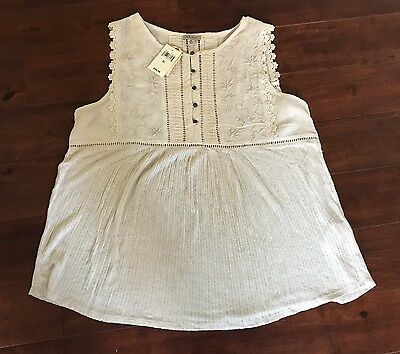 NWT Lucky Brand beautiful embroidered top - XL