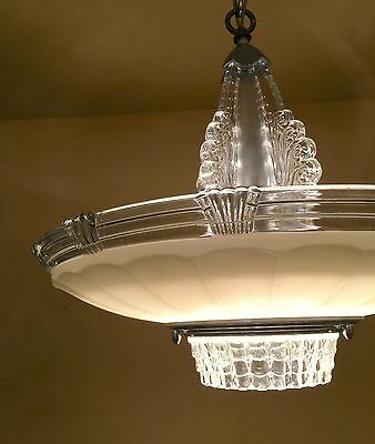 Vintage Lighting astonishing 1930s Deco chandelier by Lightolier
