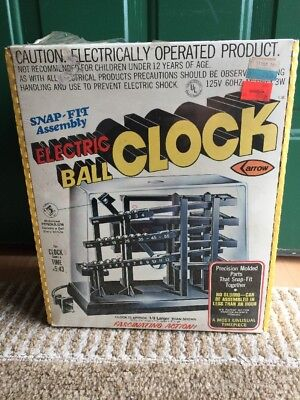 Vintage Arrow Electric Ball Clock 1978 with 30 Ball Bearings Model #675 New!