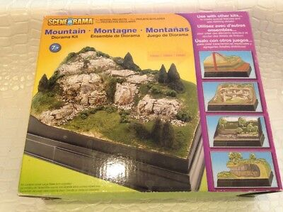 Woodland Scenics SP4111 Scene-A-Rama Mountain Diorama Kit WOOSP4111