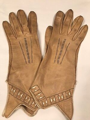 Vintage Ladies Gloves Tan Leather Stitched Decor Small (B3)