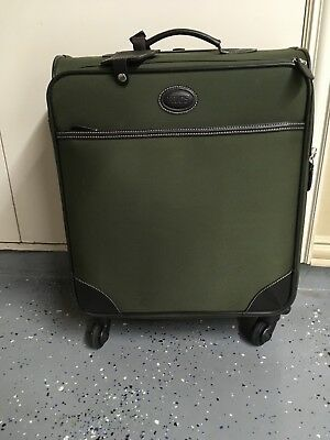Briggs and Riley Baseline 21'' Carry-On Expandable Upright 21.5x14x8 Garment...