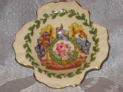 Paragon China souvenir dish of King George/Queen Elizabeth visit to Canada 1939