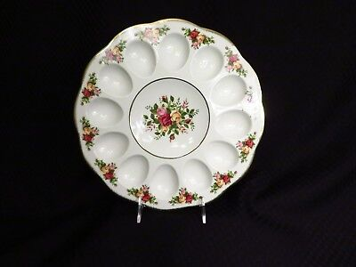 """NEW Royal Albert Fine China OLD COUNTRY ROSES Gold Trim 11"""" Deviled Egg Plate"""