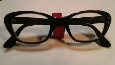 Vintage Girls Safety Glasses Very Nice Condition Size 5 1/4 Sos Company Neat Old