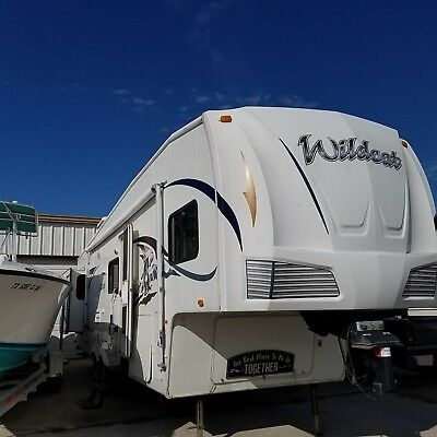 2008 5th Wheel Wildcat 32 QBBS by Forest River