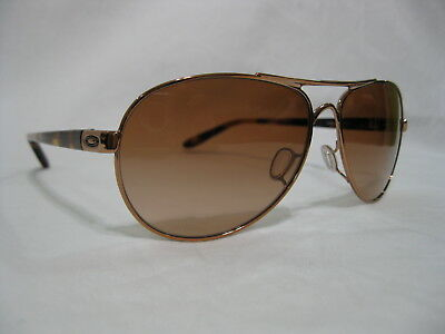 Brand New 100% Authentic Oakley Feedback Sunglasses 4079-01 Rose Gold