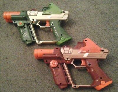 2 LAZER TAG GUNS~TIGER ELECTRONICS~ Kids Toy Laser Guns